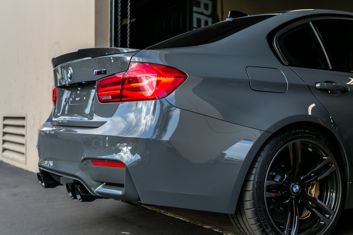 F80 M4 Style Spoiler Mode Carbon